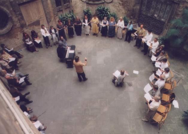 Konzert im Innenhof des Teatro piccolo