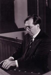 An der Walcha-Orgel der Frankfurter Dreikönigskirche